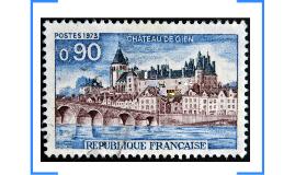 Le château de Gien est un château français situé dans la com